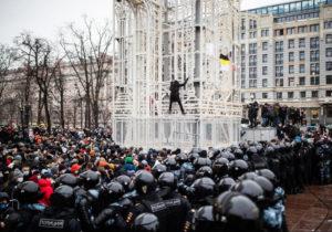 Peste 3,3 mii de persoane au fost reținute în Rusia, în timpul acțiunilor în susținerea lui Navalnîi