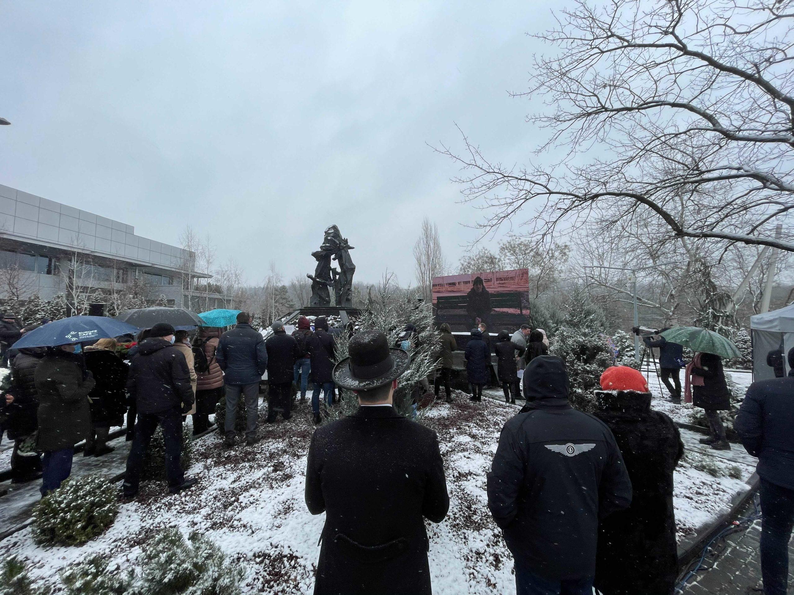 В Кишиневе проходит митинг-реквием в память о жертвах Холокоста. Онлайн-трансляция