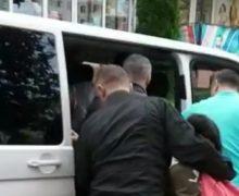 «Нет гарантий, что такое неповторится». Amnesty International потребовала пересмотра дела овысылке турецких учителей
