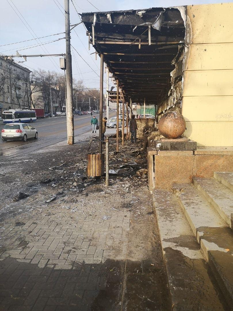 O gheretă din capitală a fost cuprinsă de flăcări (VIDEO)