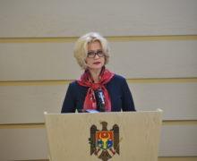 """Scandalul """"diplomelor false"""": O deputată PSRM, obligată să dezmintă acuzațiile aduse Alei Nemerenco și să achite despăgubiri"""