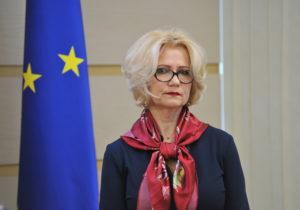Суд обязал Дарованную опровергнуть заявление офальшивом дипломе Немеренко