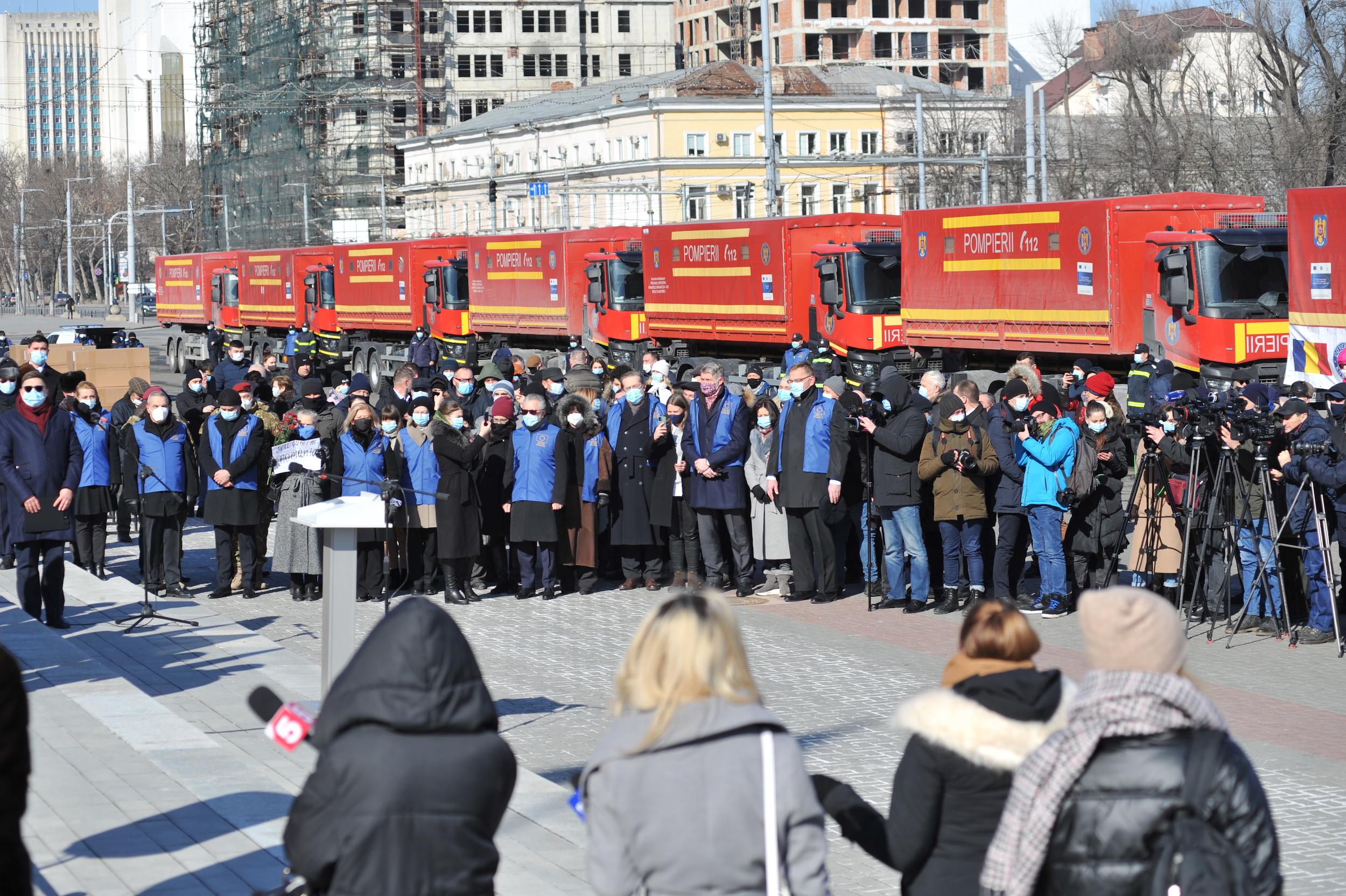 ВКишинев доставили гуманитарную помощь изРумынии. Фоторепортаж NM