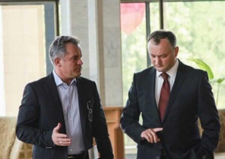 Война ветвей. Как президенты в Молдове до Санду конфликтовали с парламентом, и как из этого выбраться