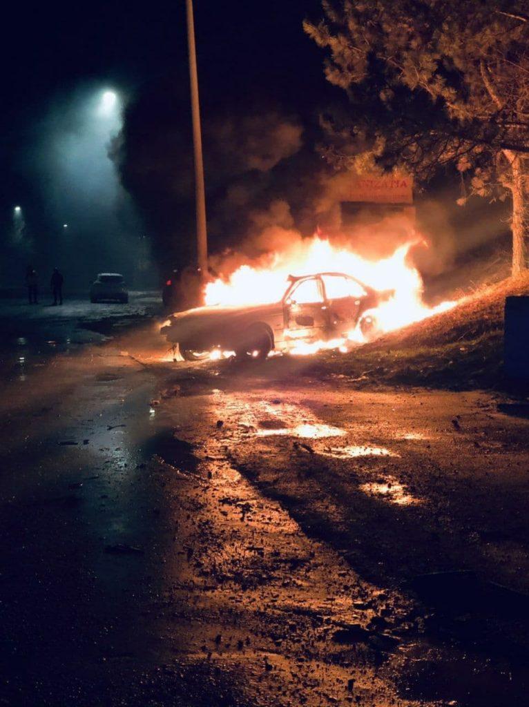 Un tânăr a murit, în urma unui accident pe șos. Muncești. Mașina a luat foc (FOTO)