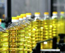 De ce în Moldova au explodat prețurile la uleiul de floarea soarelui? Care sunt explicațiile funcționarilor și ale producătorilor