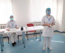 ВМолдове засутки 11,3тыс. человек получили прививку отCOVID-19