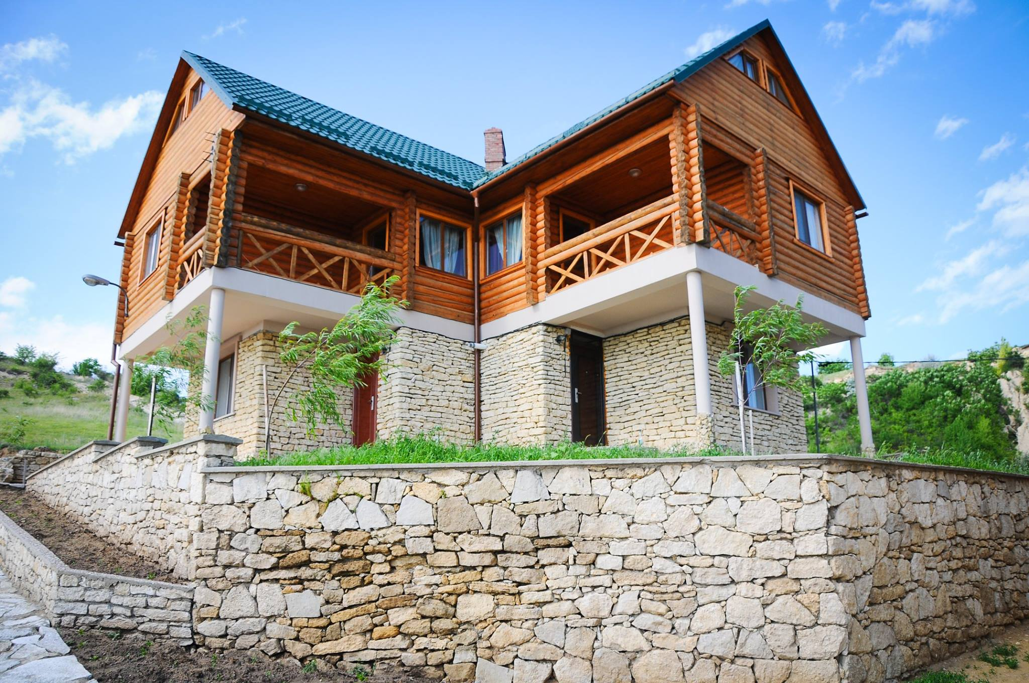 16 заведений, где можно вкусно поесть во время путешествия по Молдове