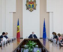 Молдову оставили без грантов? Как временному правительству не хватило голоса принять $100 млн от США