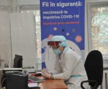 В Молдове за два месяца вакцинировались 4% населения. В минздраве ждут нового всплеска заражений ковидом