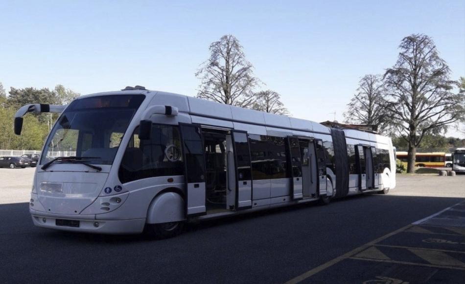 Мэрия Кишинева купит два новых троллейбуса, соединенных «гармошкой» (ФОТО)