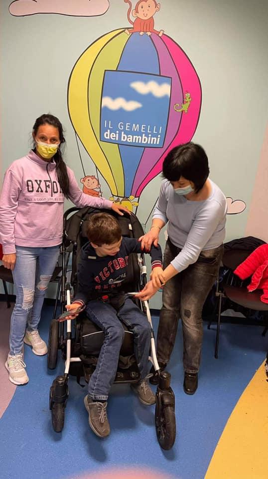 """""""Viața unui copil nu poate fi pusă pe pauză"""". Cum pandemia a devenit un pericol pentru viața copiilor cu boli rare"""