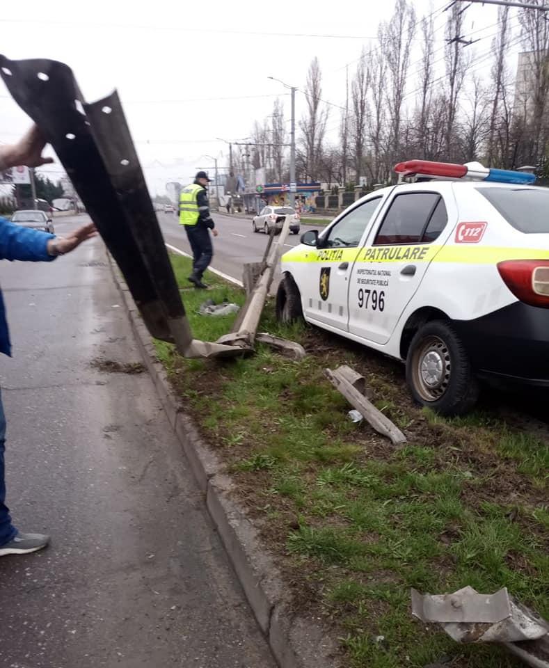 ВКишиневе произошла авария сучастием полицейского автомобиля (ФОТО)