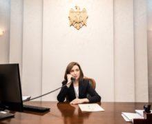 «Санду попытается наладить коммуникации сКремлем». Как российские эксперты комментируют результаты выборов вМолдове