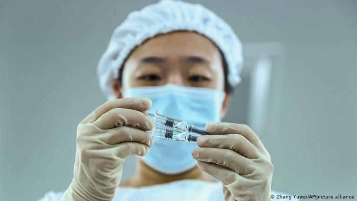 ВОЗ одобрил еще одну вакцину откоронавируса