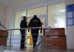 ВКишиневе задержали налогового инспектора. Его подозревают ввымогательстве 50тыс. леев