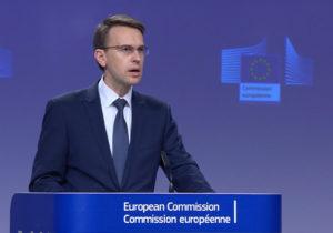 ВЕвропейской комиссии назвали решение КСМолдовы ороспуске парламента выходом изкризиса