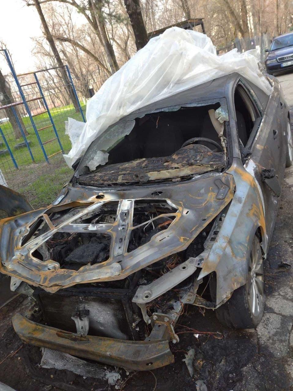 НаРышкановке ночью сгорели два автомобиля (ВИДЕО, ФОТО)