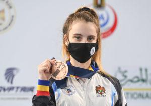 Спортсменка из Молдовы завоевала бронзу на международных соревнованиях по фехтованию