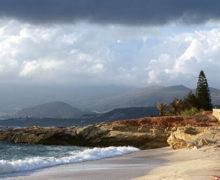 ВГреции открывают пляжи имузеи