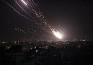 Израиль заявил осамой массированной атаке на страну завсю ее историю
