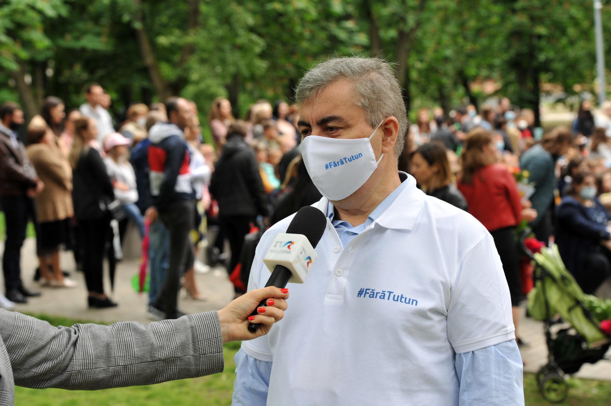 Впарке Alunelul прошла акция послучаю Всемирного дня без табака. Фоторепортаж NM