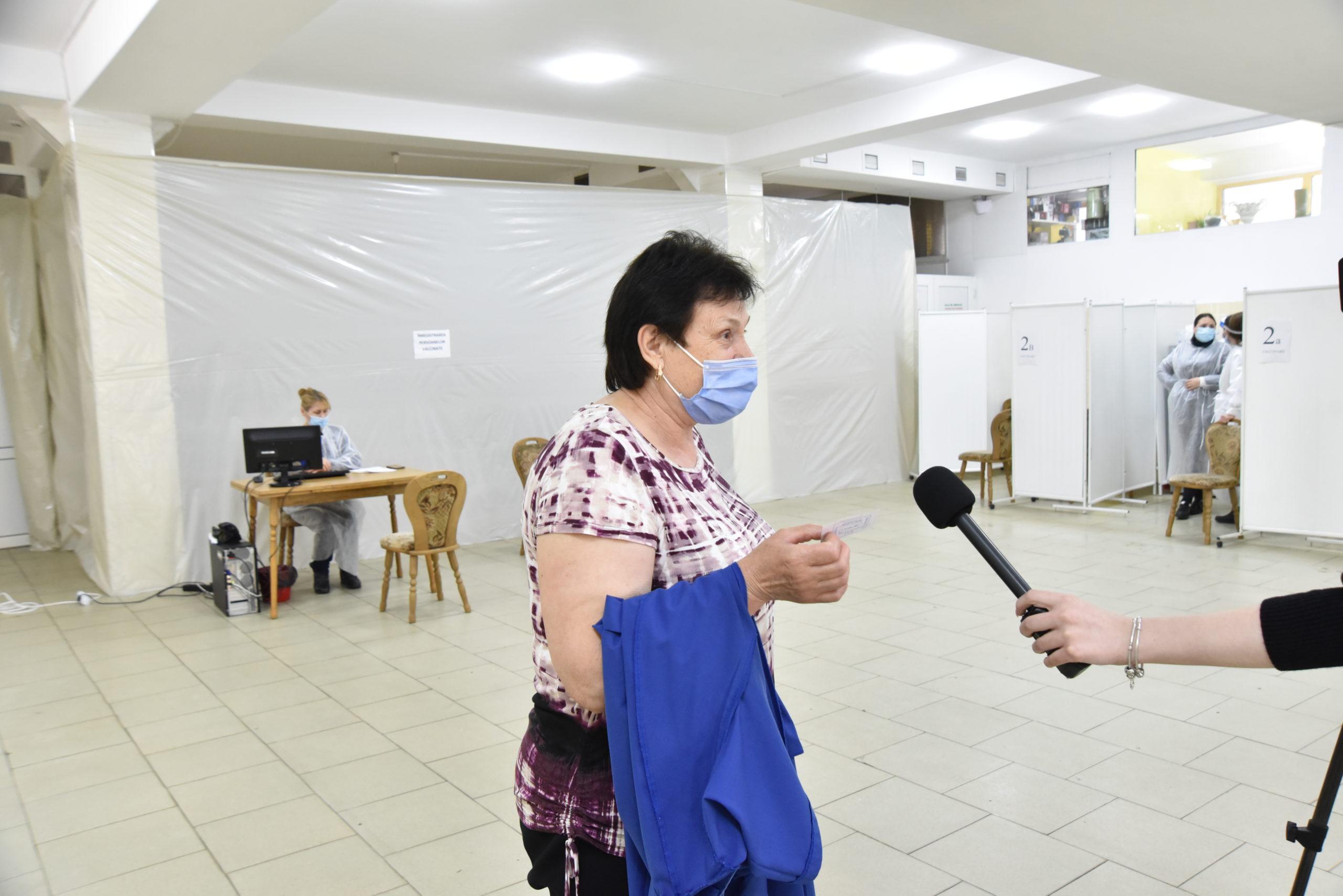 Как проходит вакцинация от коронавируса на Центральном рынке в Кишиневе. Фоторепортаж NM