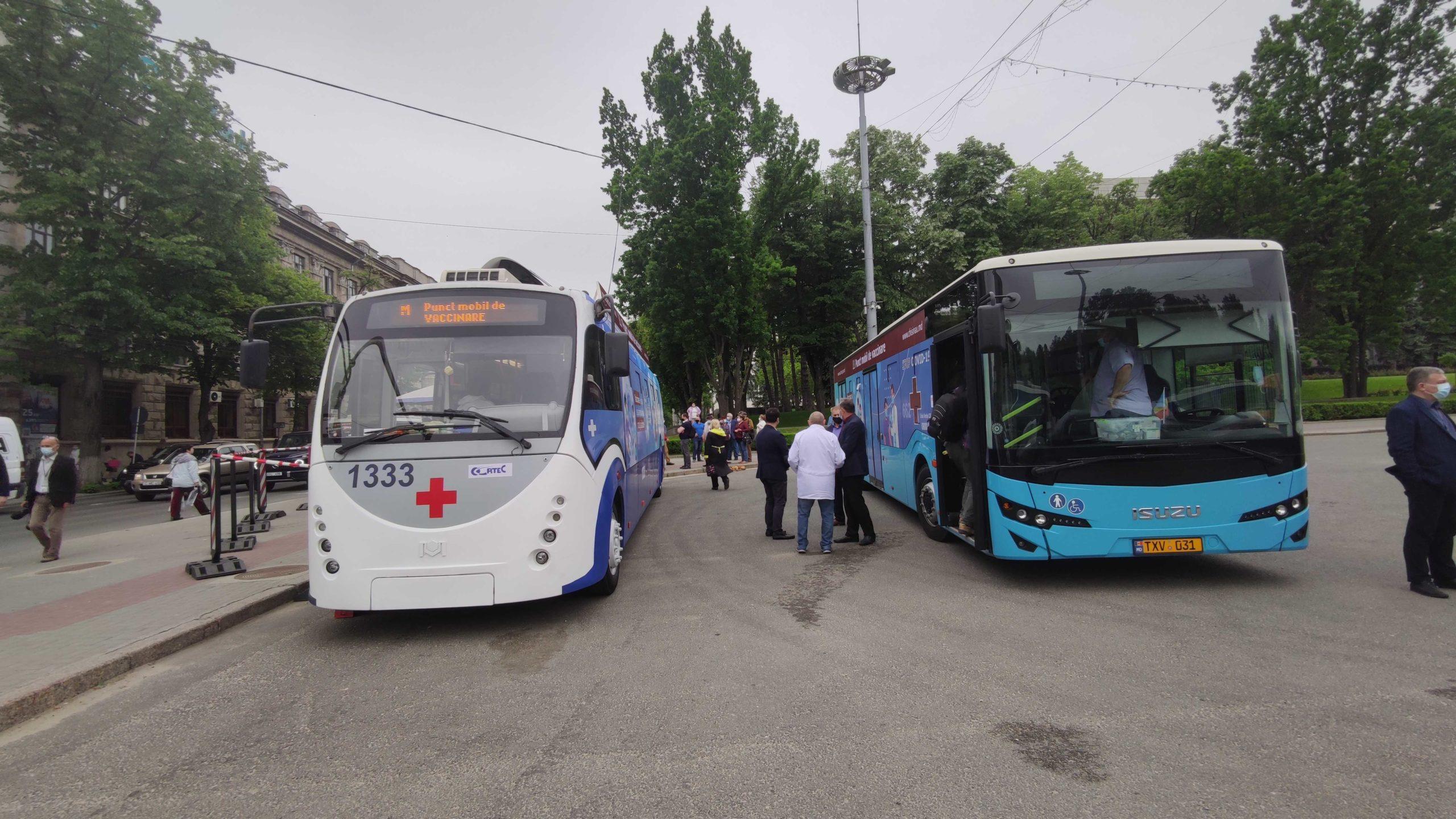 Как прививаются втроллейбусе? ВКишиневе началась кампания мобильной вакцинации. СтримNM