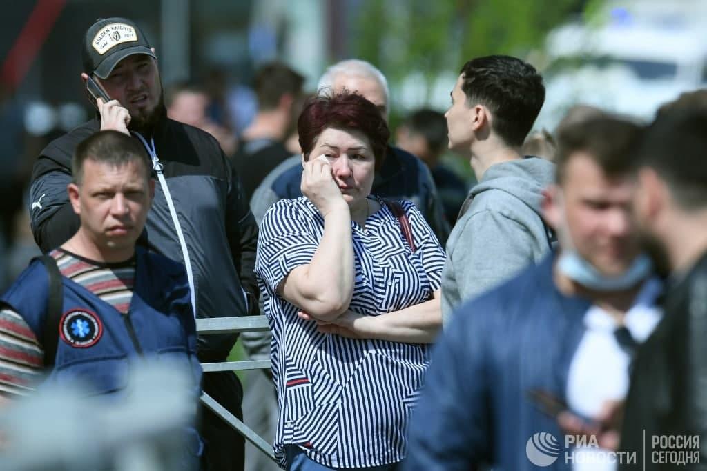 ВРоссии 19-летний стрелок открыл огонь в школе. Число погибших выросло до девяти человек (ВИДЕО) (ОБНОВЛЕНО)