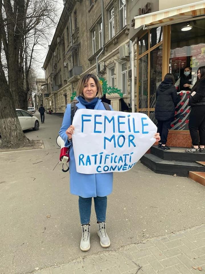 «Утюг сам много раз нанее падал». Адвокат Татьяна Кебак о семейном насилии, эмпатии, деньгах и выгорании. #JusticeInside