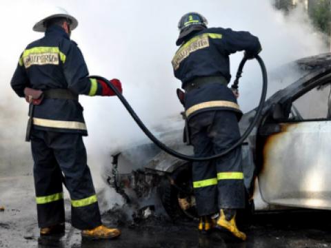 ВКишиневе сгорели несколько автомобилей из-за вспыхнувшего водворе пожара (ФОТО)