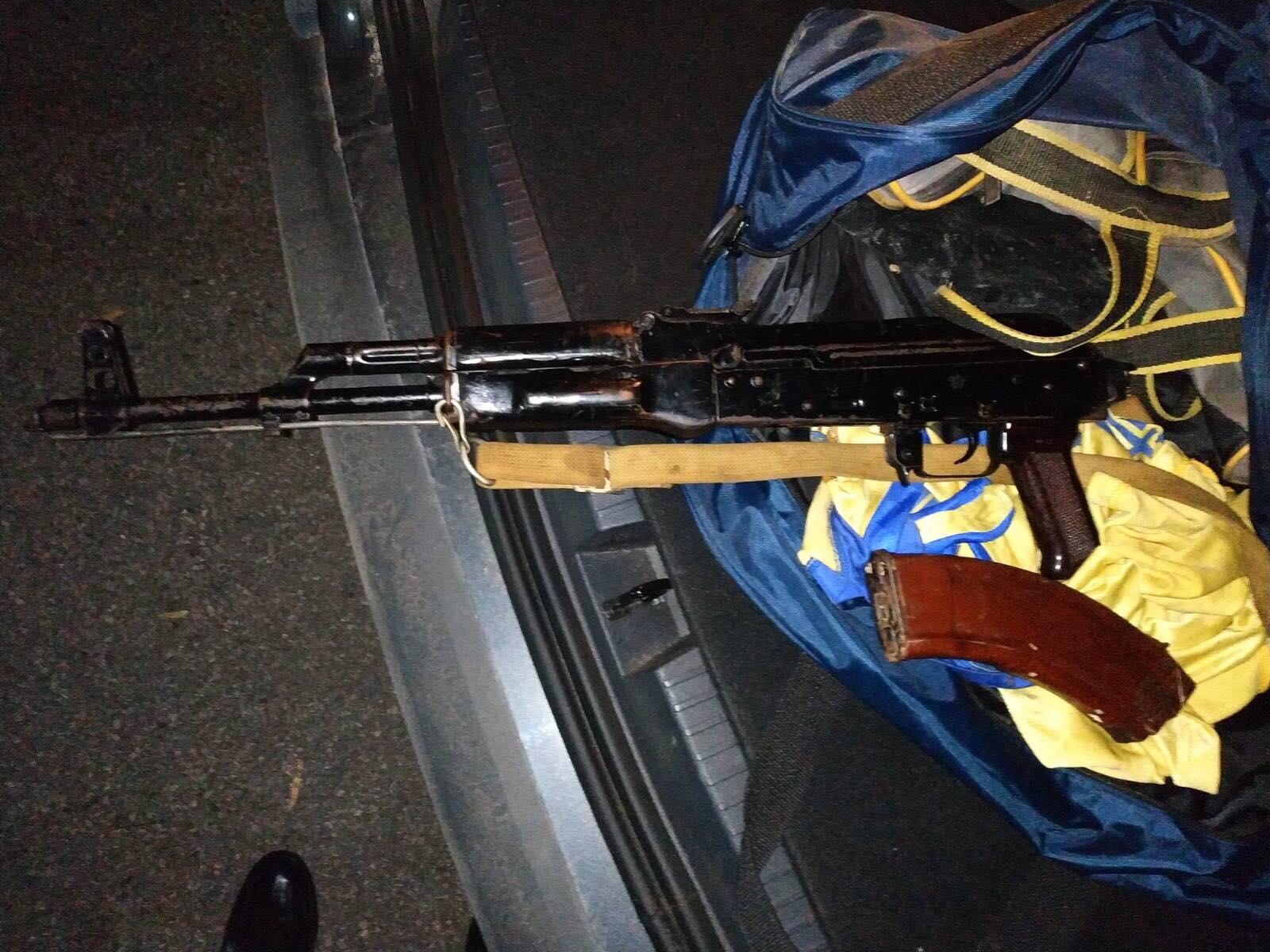 Продавал приборы для угона машин. ВКишиневе задержали полицейского иеще пять подозреваемых вторговле оружием