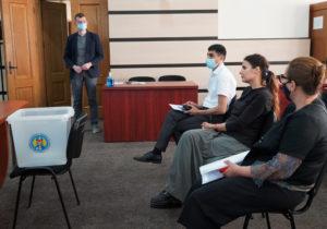 ЦИК распределил еще пять мест визбирательном бюллетене