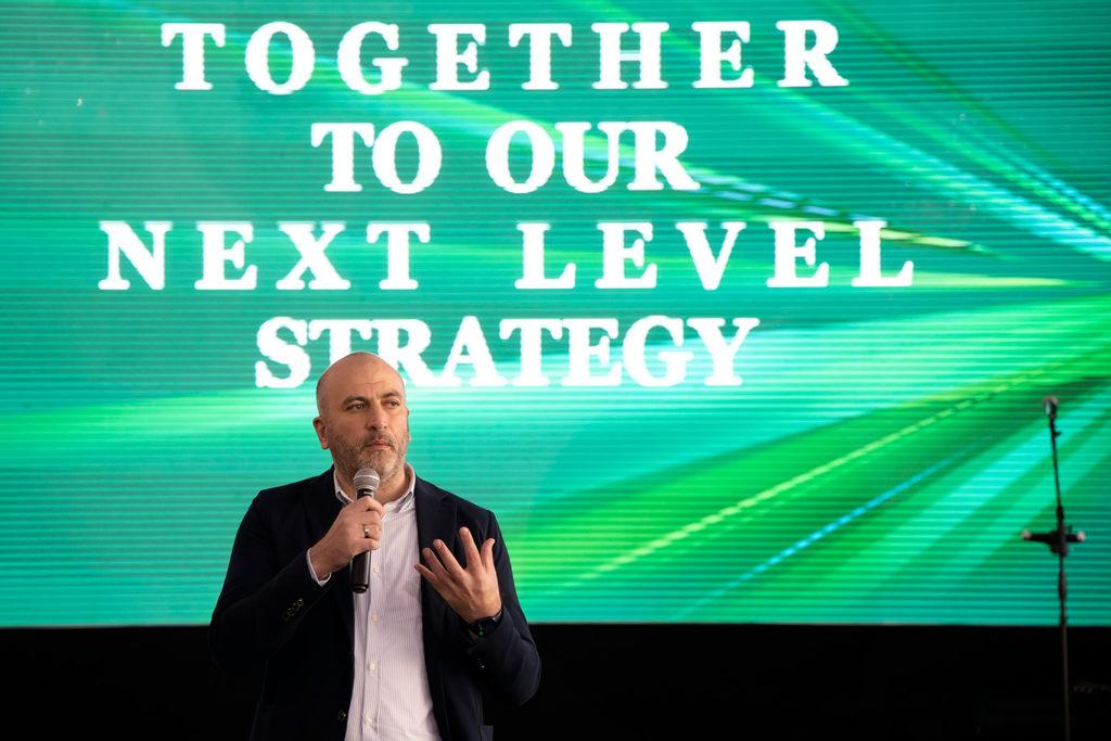 Primii pași spre Nivelul Următor: Strategia MAIB centrată pe client