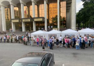 Sondaj: Numărul moldovenilor dispuși să se vaccineze a crescut până la 57%