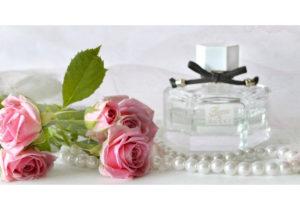 Пять лучших духов с чистым ароматом розы