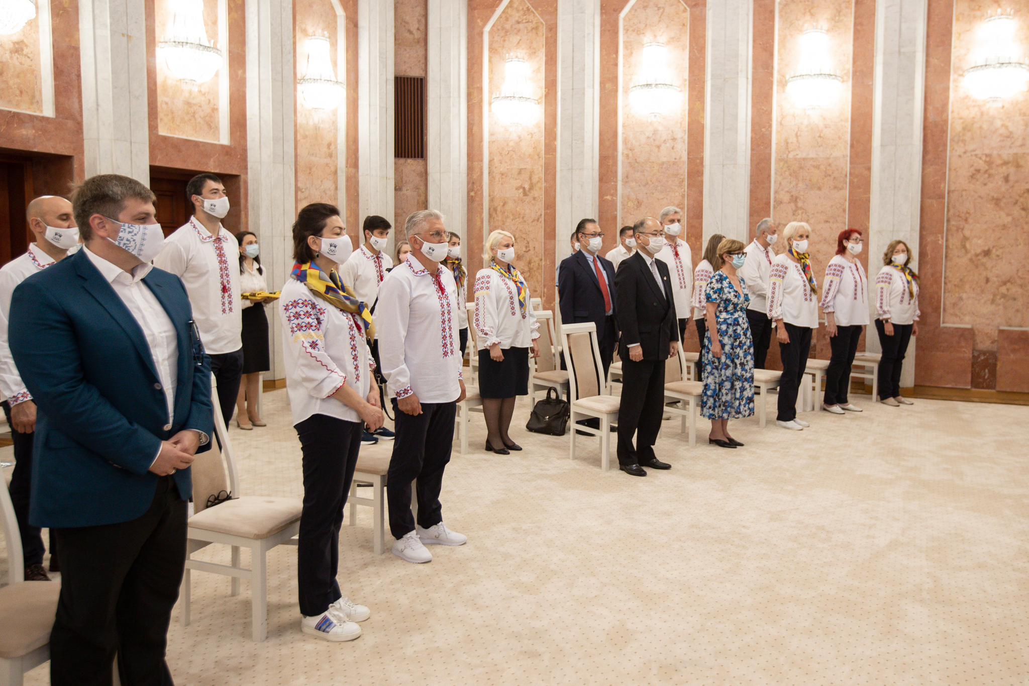 Санду вручила флаг Молдовы спортсменам, которые поедут наОлимпийские игры вТокио
