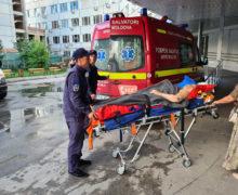 Гражданка Молдовы попала в аварию в Украине. Спасатели доставили ее в Кишинев