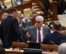 """NM Espresso: de ce noul parlament a lucrat doar o oră, cum socialiștii """"s-au ars"""" cu """"tronul"""" pentru Sandu și despre ce îi este rușine să vorbească primarului de Chișinău"""