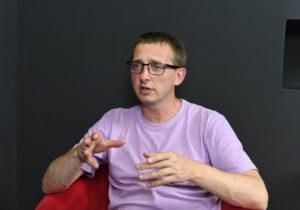 """""""Nu este simplu, dar, la naiba, cititorii noștri așteaptă de la noi informații exacte"""". Vladimir Soloviov, despre crearea NM, epuizarea profesională și jurnalismul plin de viață"""