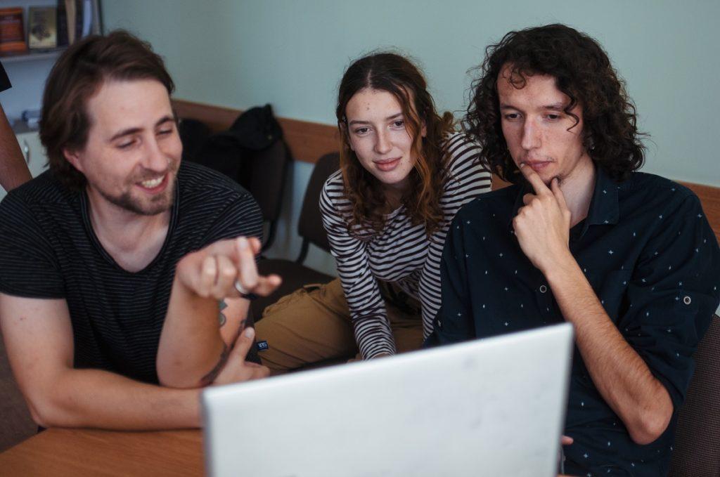Moldox Lab a dat start înscrierilor pentru atelierele de film documentar