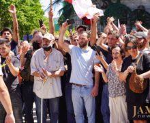 «Выобязаны осуществлять насилие ради Родины, ради страны, ради чистоты!» Как в Грузии в XXI веке дошли до погромов
