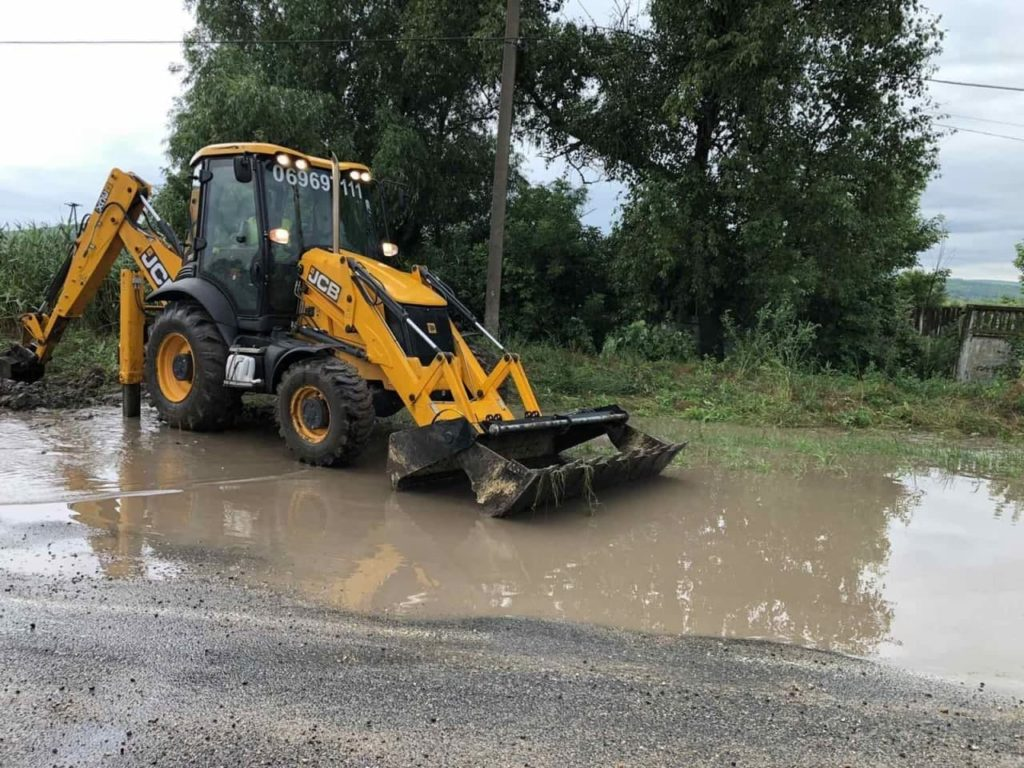 Inundații în 33 de localități din Chișinău, Basarabeasca, Ialoveni, Ștefan Vodă, Anenii Noi, Strășeni și Căușeni (FOTO/VIDEO)