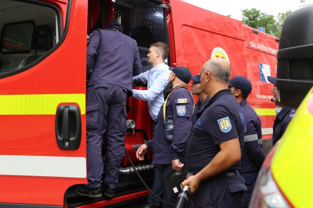 În Moldova au ajuns primele 10 autospeciale achiziționate în cadrul Proiectului SMURD-2