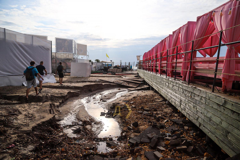ВОдессе ливень затопил улицы (ФОТО/ВИДЕО)