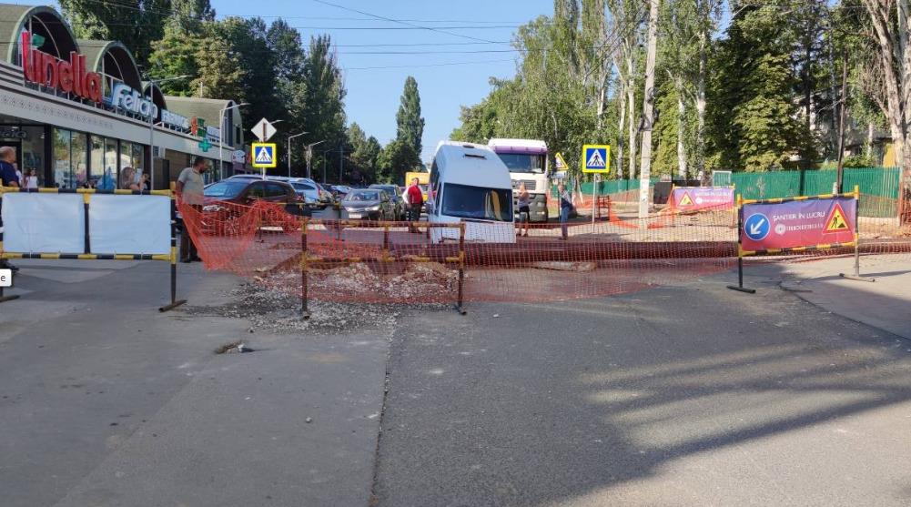 «Зона огорожена». Termoelectrica оДТП смикроавтобусом, упавшем втраншею (ФОТО)