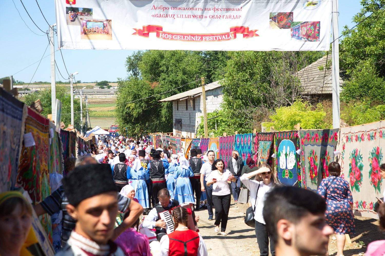 Вселе Гайдары прошел фестиваль гагаузского ковра (ФОТО)