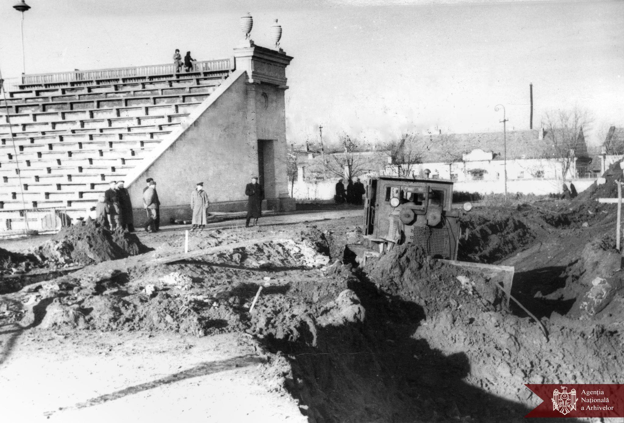 Как выглядел Республиканский стадион 70лет назад? Госархив опубликовал подборку фотографий