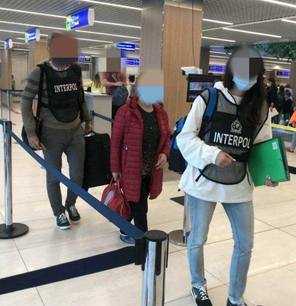 O moldoveancă căutată de Interpol a fost reținută în Ungaria și extrădată (FOTO)