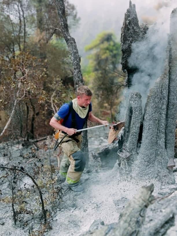 IGSU: Peste 59 de focare de ardere au fost stinse în primele ore de pompierii moldoveni detașați în Grecia (FOTO)